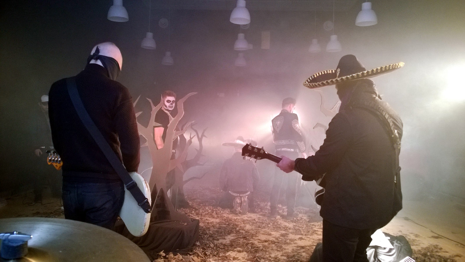 Hola Ghost (stunt ghosts) video shoot for
