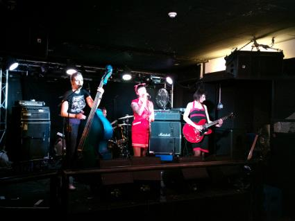 The Shrieks in Finland, Helsinki, Bar Loose, Soundcheck