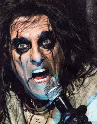 Alice Cooper - Raise The Dead - Live From Wacken 2013 (dvd/bluray review)